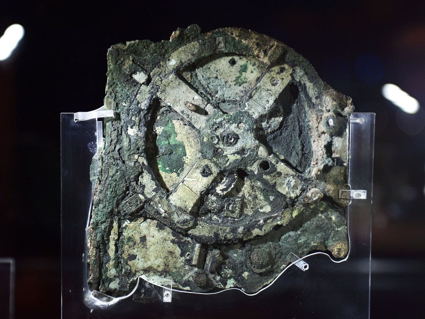Decoding The Mystery Of The Antikythera mechanism a 2,000-year-old computer.